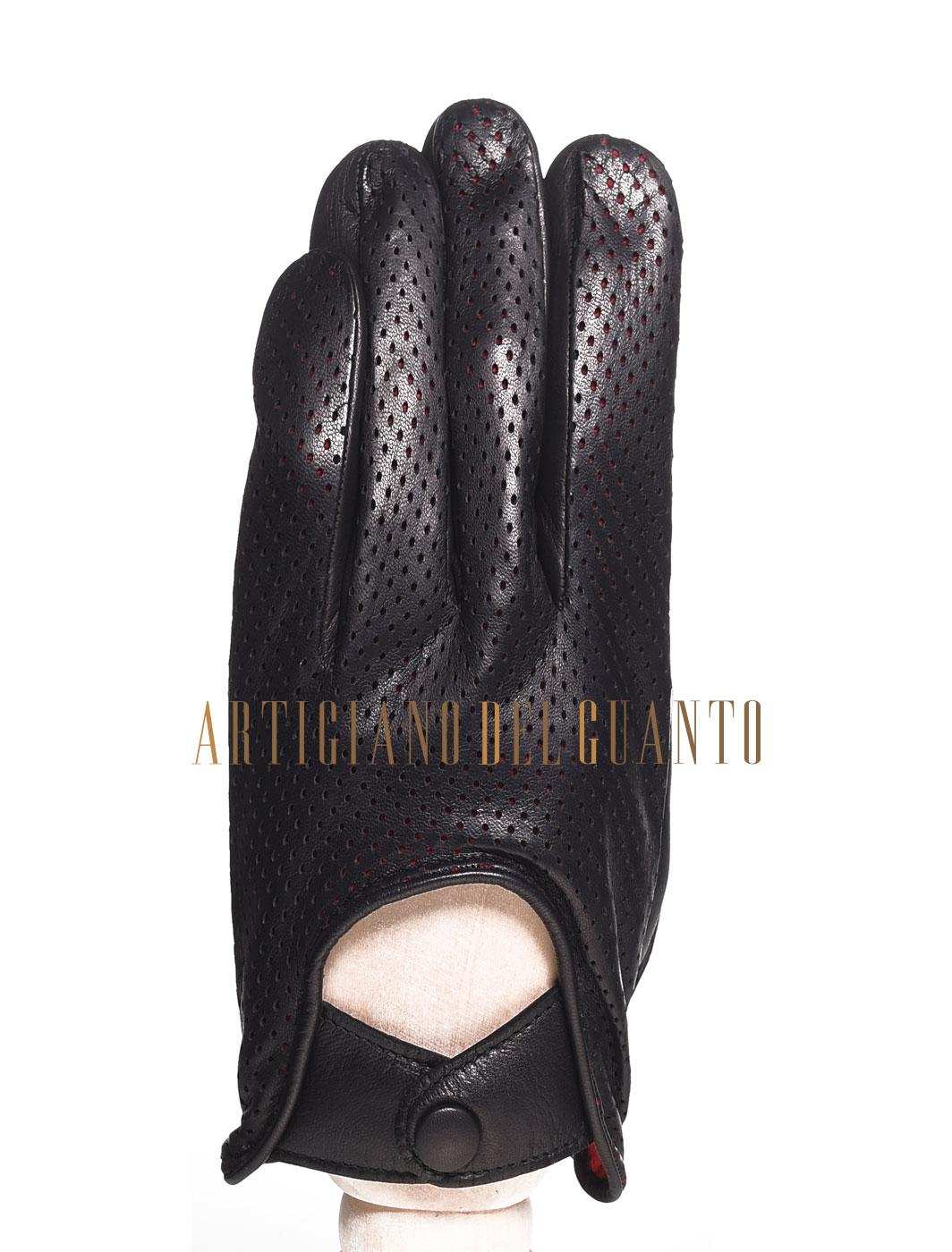 Guanto artigianale microforato in pelle di Agnello