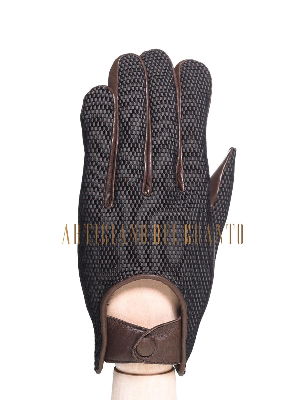 H. Sienkiewicz è un guanto in bimateriale maschile, artigianale, realizzato in pelle di Agnello. Lavorato interamente a mano da Artigiano Del Guanto